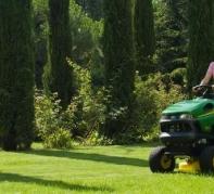 Tondeuses autoportés et tracteurs de jardin